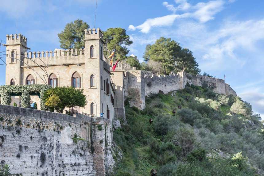 Costa de Valencia - murallas del Castillo de Xativa