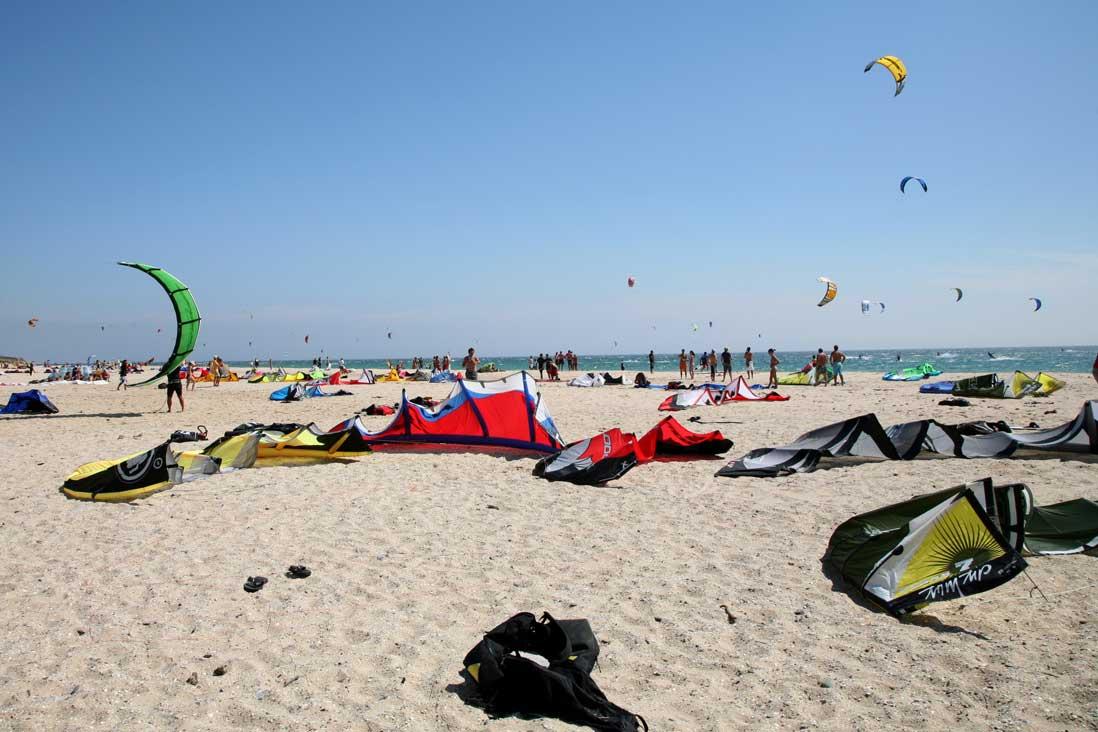 cometas de Kite surf en la playa de los lances de Tarifa