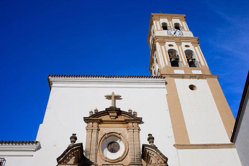 campanario de la iglesia de la encarnacion de Marbella
