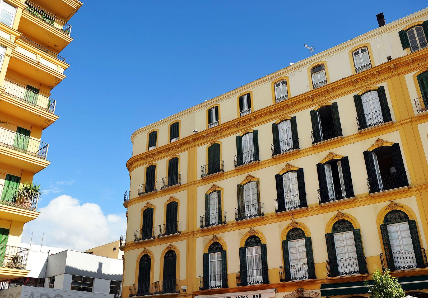 Vista del edificio y casa Natal de Pablo Picasso en el centro de Malaga