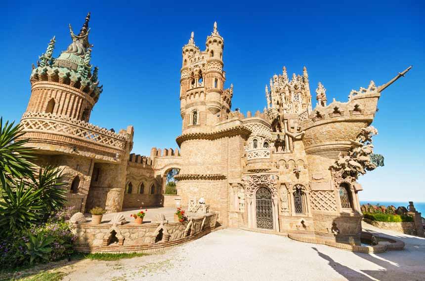 Castillo-de-Colomares,-Benalmadena,-Costa-del-Sol