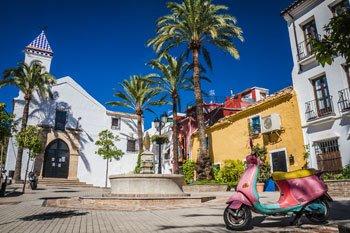 Bonita plaza en el Casco Antiguo de Marbella, Malaga