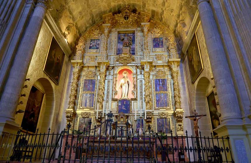 retablo del interior de la catedral de Malaga