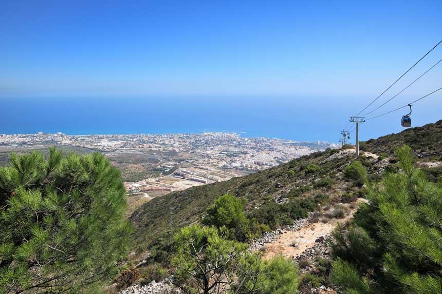 vista panoramica desde lo alto del teleferico de Benalmadena