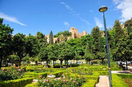 Jardines junto al Castillo de Gibralfaro Málaga