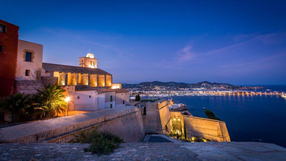 Panoramica desde Dalt Vila al anochecer, Ibiza ciudad