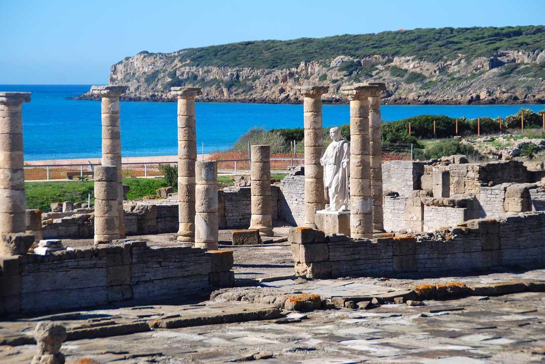 Conjunto arqueologico junto al mar Baelo-Claudia,-Tarifa