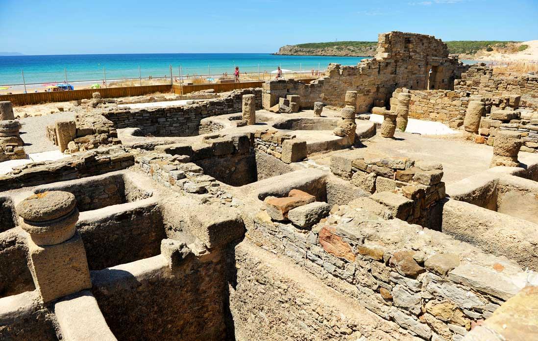 Conjunto Arqueológico Baelo-Clauida,-bañera-Garum,-Tarifa