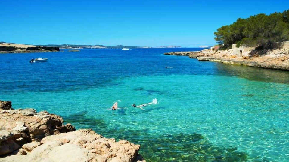 Cala-Gracioneta-Sant-Antoni-Ibiza