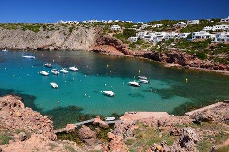 Cala Morella al sur de la isla de Menorca