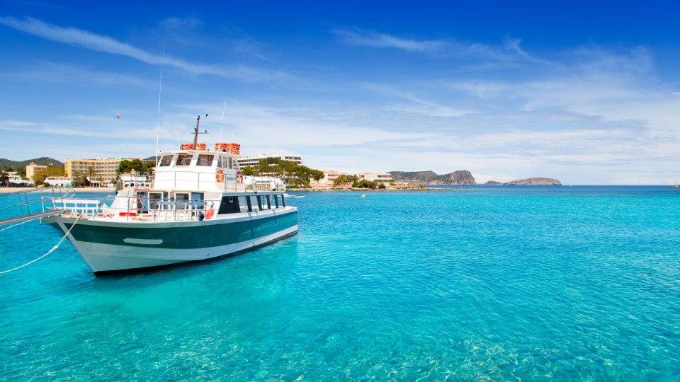 Mar mediterraneo en Es cana, Santa Eulalia, Ibiza