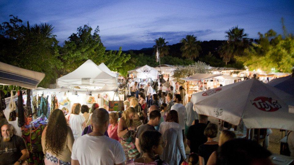 Mercado Les Dalies de noche Ibiza