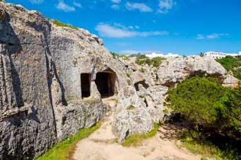Cuevas de la Necropolis Talayonica Menorca