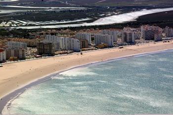 playa valdelagrana en puerto de santa maria