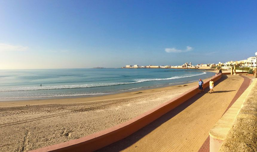 Playa de Santa Maria del Mar en Cadiz