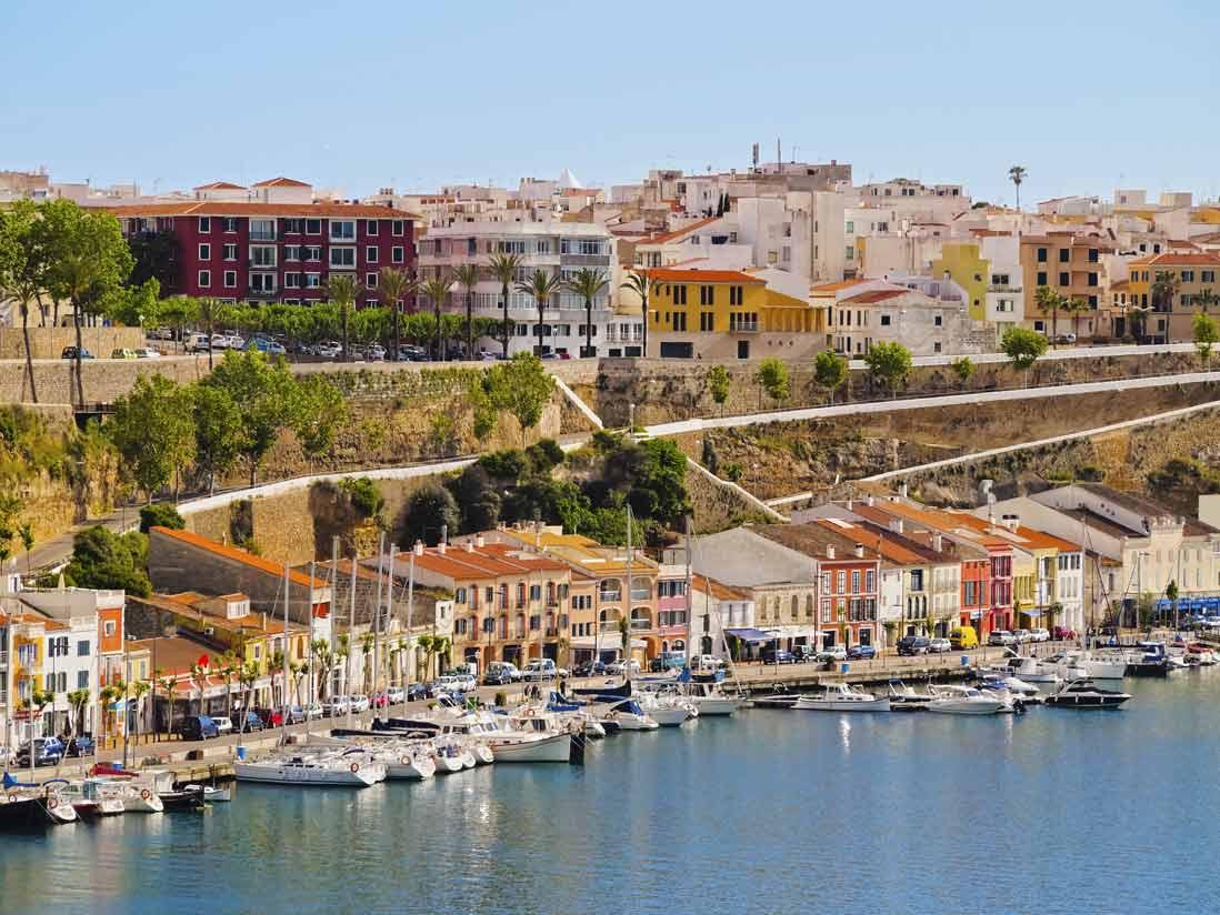 Puerto-de-Mahon-en-Menorca