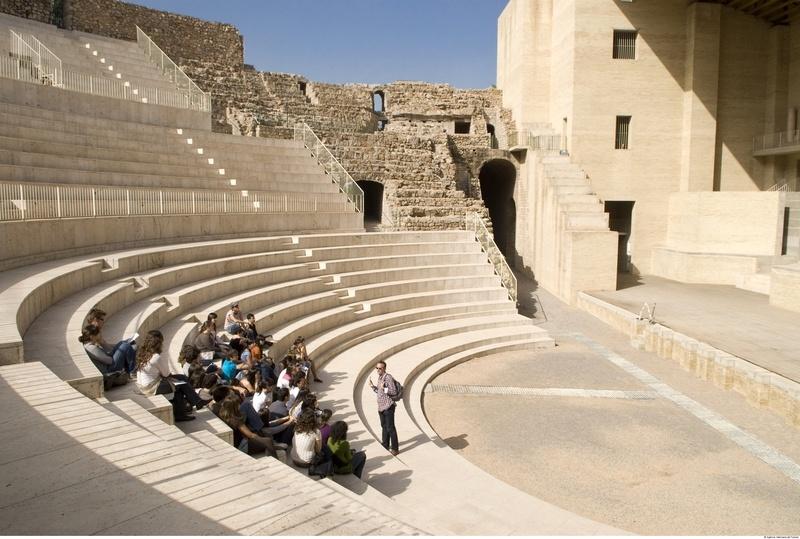 Gradas del teatro romano de Sagunto