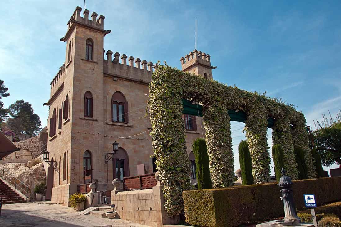 castillo de xativa en valencia