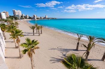 vista panoramica de la playa san juan en Alicante