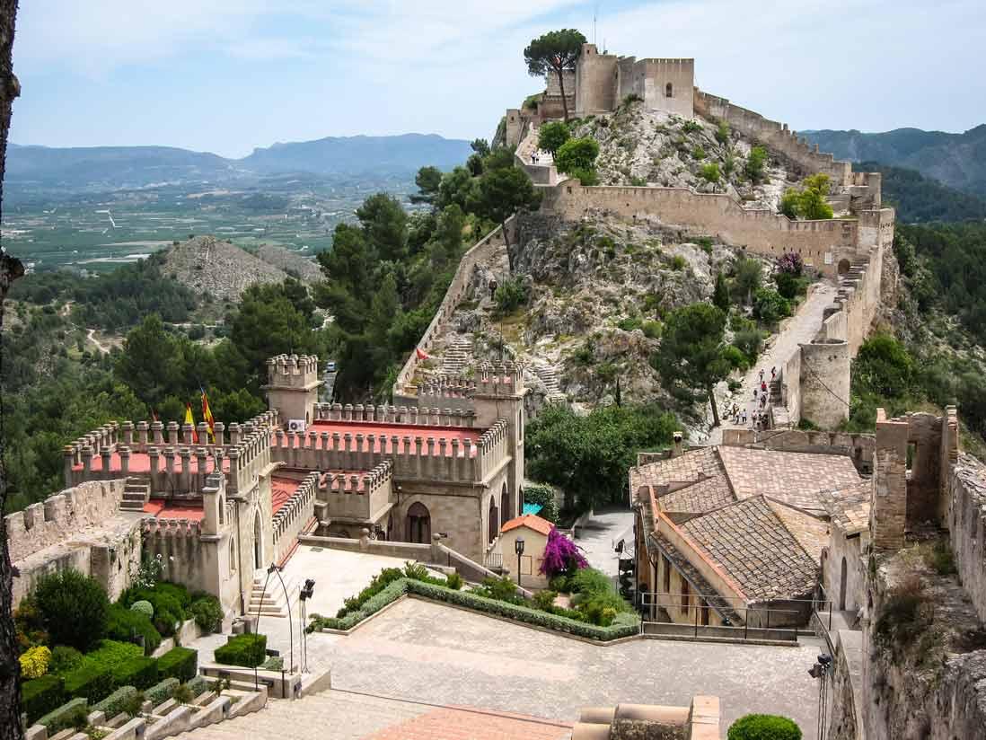 vista aerea del castillo de xativa en valencia