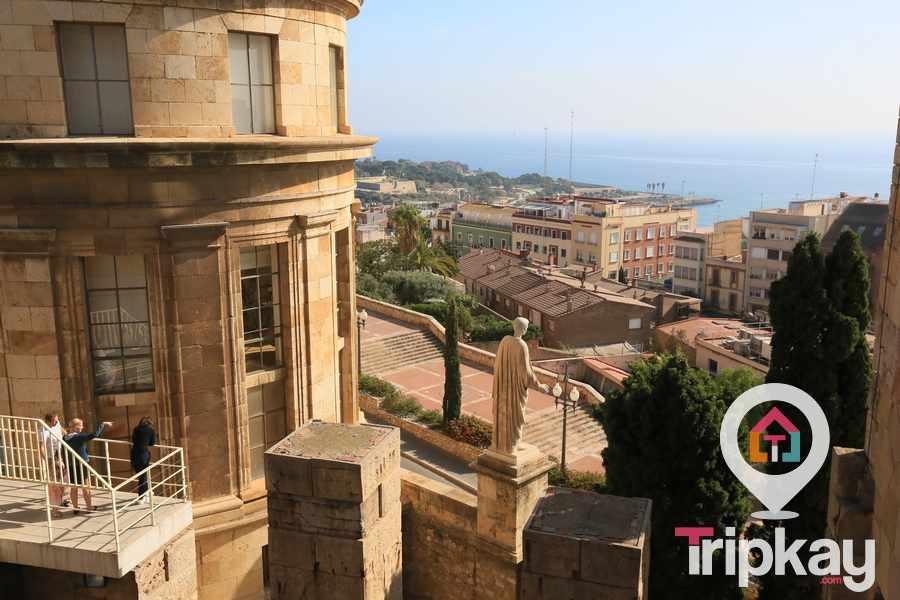 Fachada frente al mar del Museo Arqueológico de Tarragona