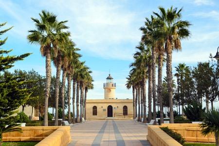 faro de santa ana en Roquetas de Mar en Almeria