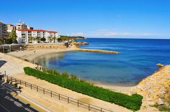 Playa de l'Alguer centro del pueblo Playa de l'Algueren Ametlla de Mar