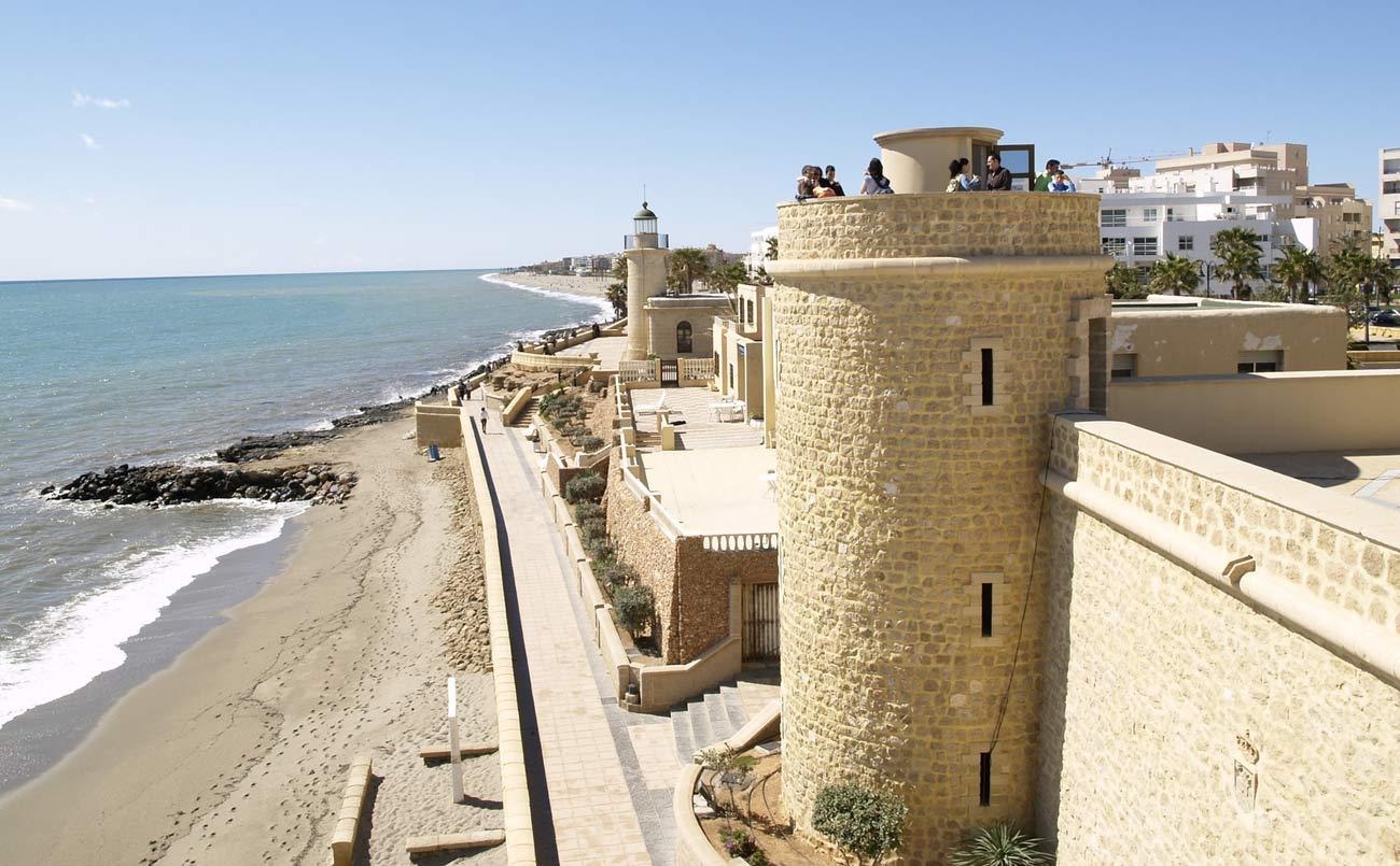 playa la Bajadilla en Roquetas de Mar en Almeria