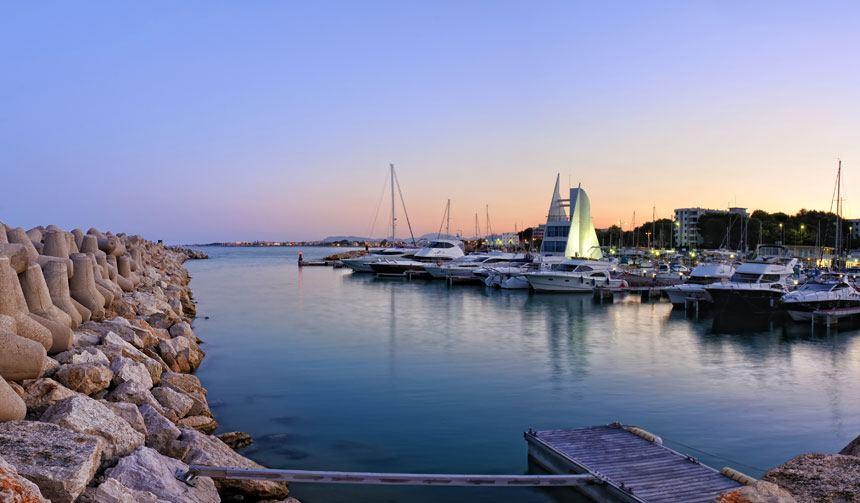puerto de Alcocéber al Atardecer