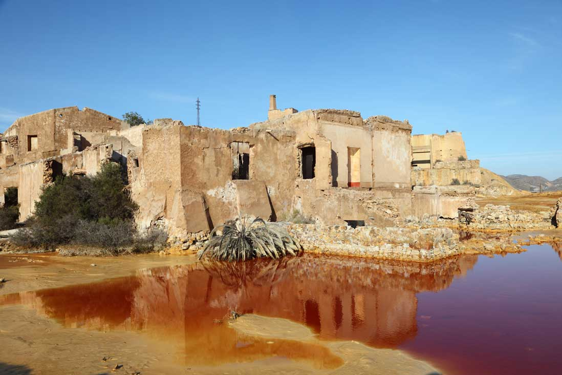 restos abandonados de la mina de mazarron