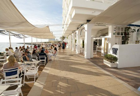 Cafe-del-Mar-Sant-Antoni,-Ibiza