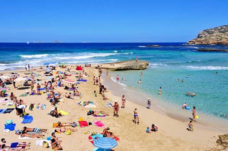 Cala-Compte-Sant-Josep-de-la-Talia-en-Ibiza