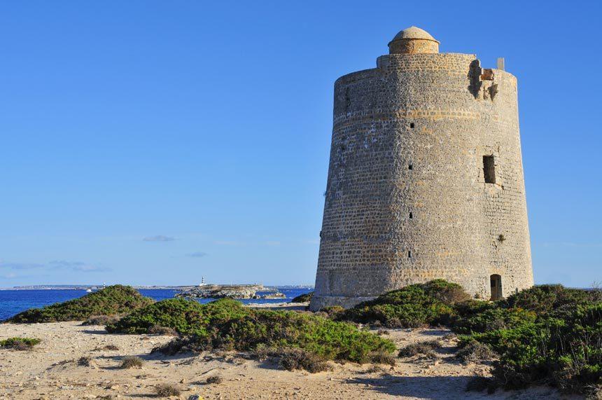 Es-Cavallets-defensive-tower-in-Sant-Josep-de-Sa-Talaia