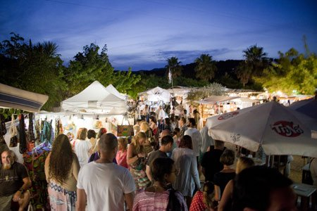 Hippie Market les Dalies at night, Ibiza