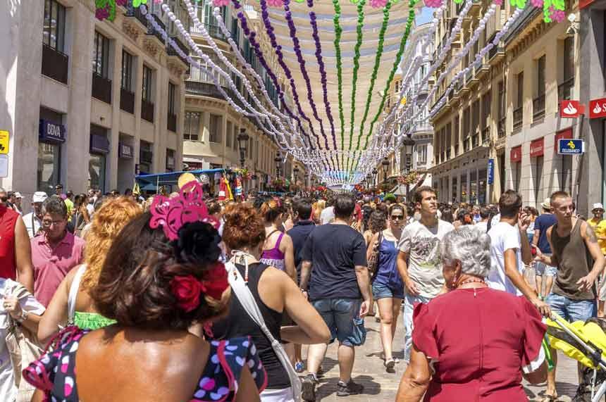 Larios-street--Malaga-costa-del-sol