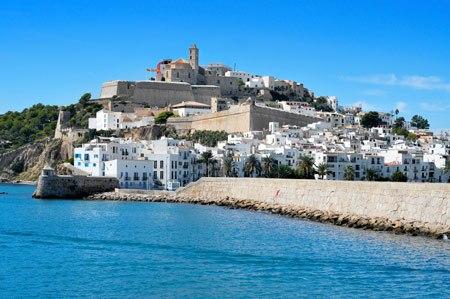 Lovely-Marina-quarter-in-Ibiza