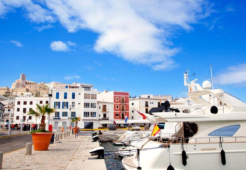 Marina-Ibiza,-Islas-Baleares