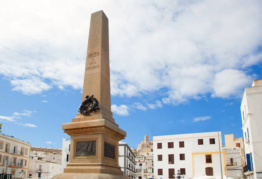 Monument-to-the-corsires-in-Ibiza