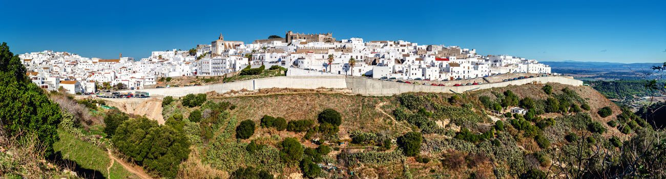Panoramic-view-in-Vejer-de-la-Frontera,-Andalucia