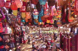 Playa-den-Bossa-hippie-market