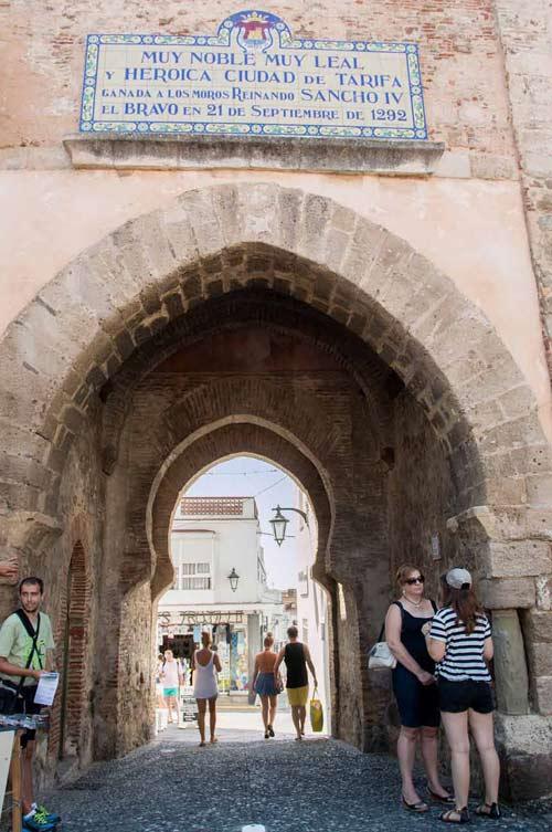 Puerta-de-Jerez-in-Tarifa