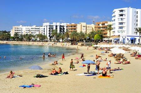 Santa-Eulalia-beach,-Ibiza