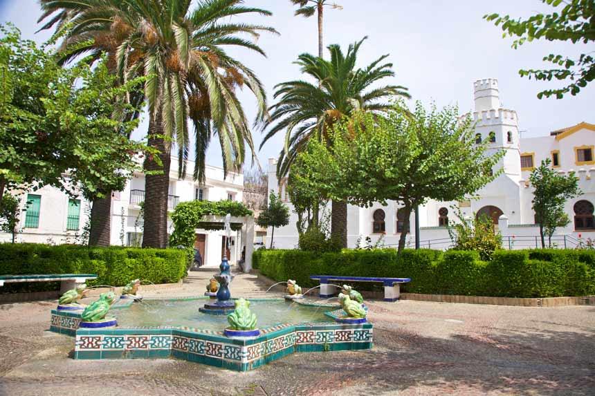 Fountain Las ranitas in Santa Maria square in Tarifa