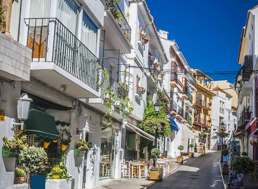 narrow street in marbella oldtown