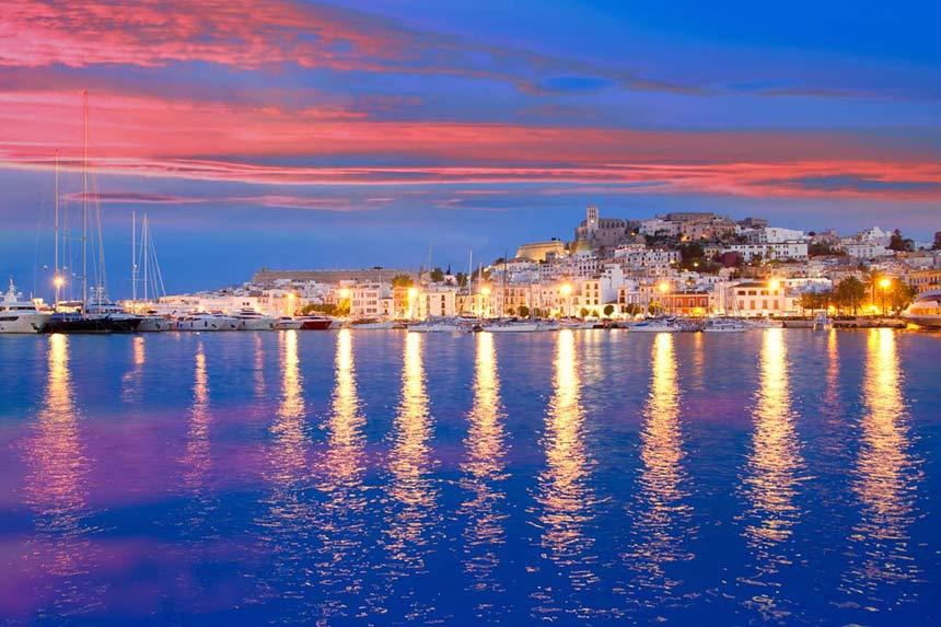 Sunset-over-Marina-quarter-in-Ibiza-city