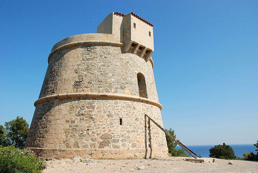 Ancien defensive tower Torre de Valls in Santa Eulalia