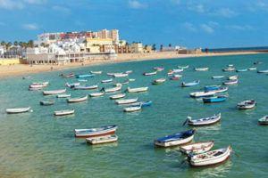 Beautifull La Caleta beach in Cadiz old town