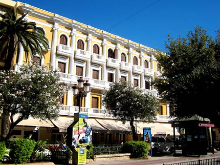 Vara-del-Rey-Promenade-in-Ibiza