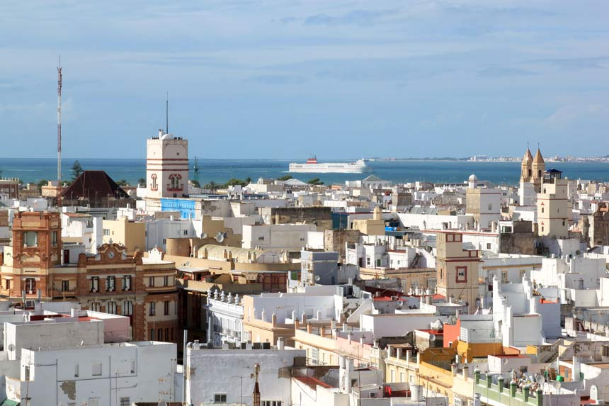 Views over Cadiz city and Tamira Tower