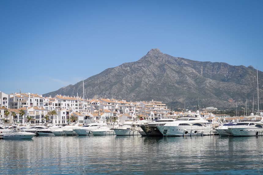 Puerto ban s marbella costa del sol what to do and see for Puerto banus costa del sol